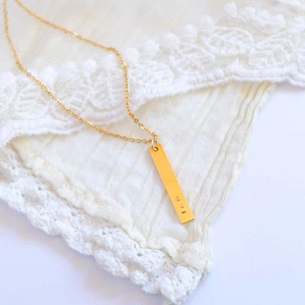 Simple long Névvel ellátott egyedi gravírozott aranyozott ékszerek, medálok