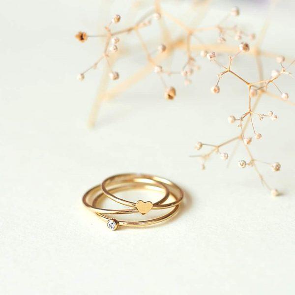 Születési gyűrű, szívecskés gyűrű
